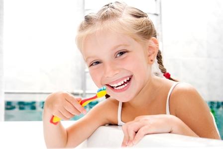 Test ojcostwa z włosów i szczoteczki do zębów