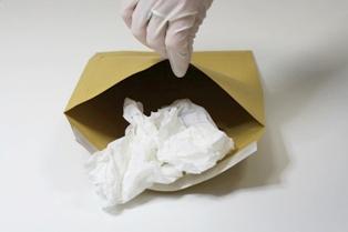 Test na ojcostwo z plam wydzielin biologicznych (sperma)